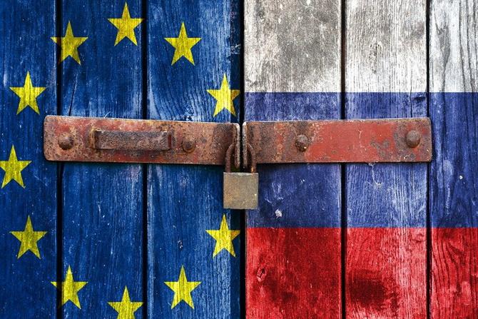 ЕС пересмотрит санкции к РФ и Беларуси