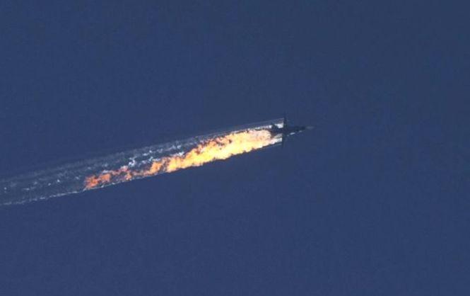 Доигрались: российский самолет сбит на границе Турции и Сирии