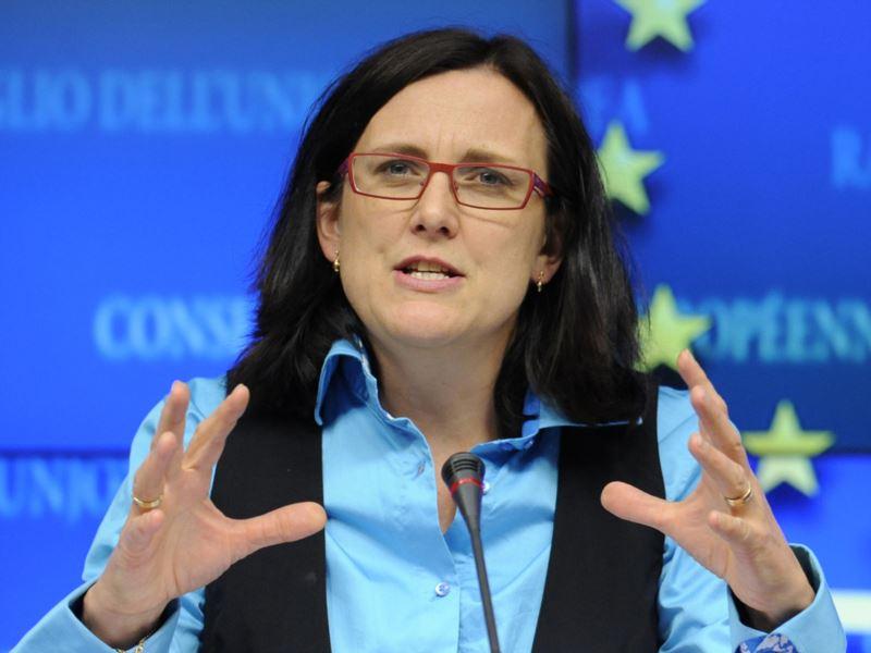Комиссар ЕС обсудит ЗСТ в Киеве