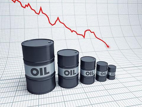 Прогноз Bloomberg: цена на дешевую нефть устремилась к $20