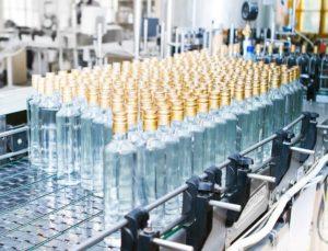 В Украине существенно сократилось производство сигарет и алкоголя