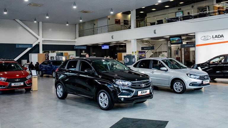 """""""АвтоВАЗ"""" в 2020 гожу снизил продажи в РФ на 5,2%"""