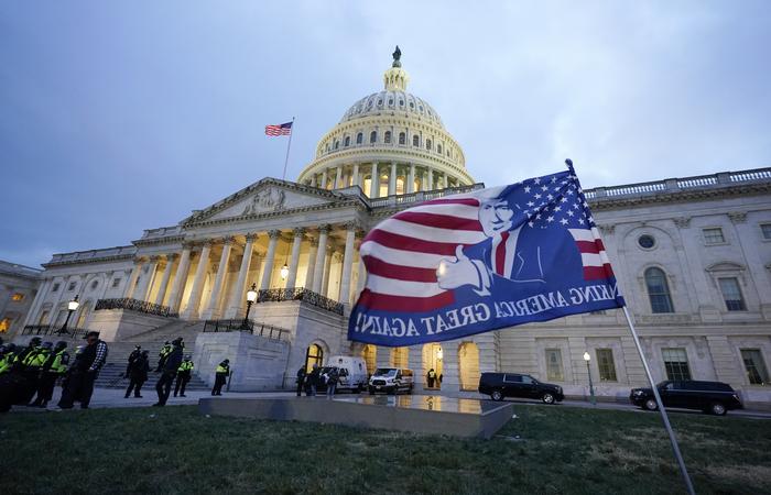 Безопасность в здании Конгресса США восстановлена
