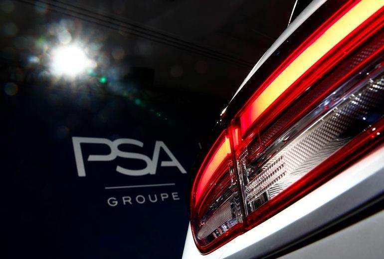 Французская PSA снизила продажи автомобилей на 27,8% в 2020г