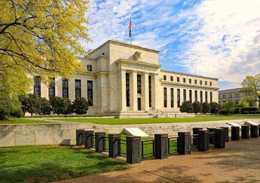 ФРС не изменила ключевую ставку и дала комментарии по монетарной политике