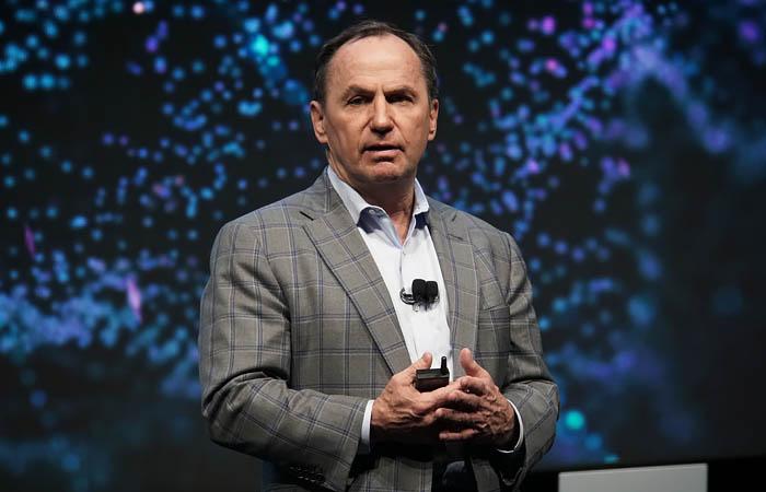 Главный исполнительный директор Intel Боб Свон отправлен в отставку