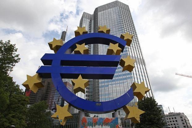 Курс евро превысил 91 рубль впервые с начала января