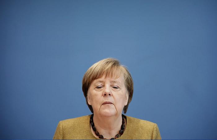 """Меркель не изменила позиции по """"Северному потоку 2"""""""