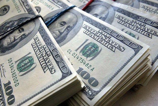 Минфин снова будет покупать валюту