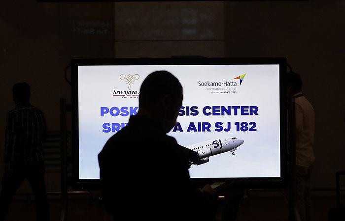 Министр Индонезии подтвердил крушение самолета севернее Джакарты