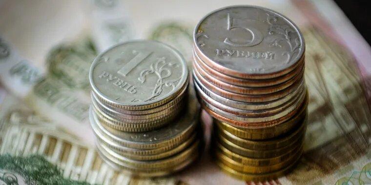Минтруд обсуждает восстановление индексации пенсий работающим пенсионерам