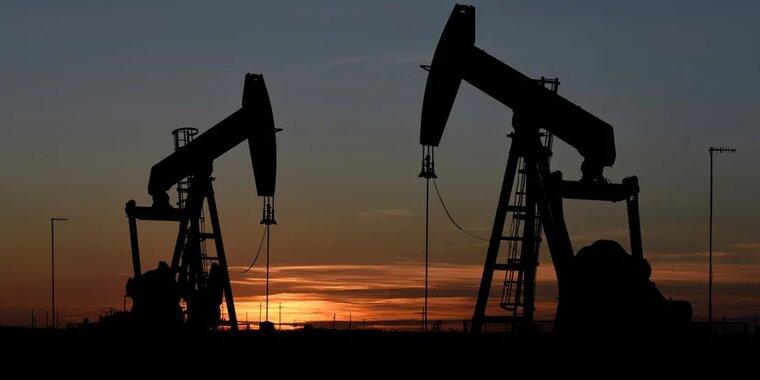 МВФ спрогнозировал рост цен на нефть на 20% в 2021 году