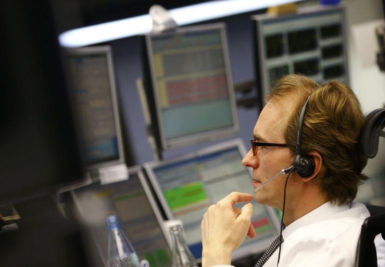 Рынок акций Московской биржи по состоянию на 10:05 мск 12 января растет