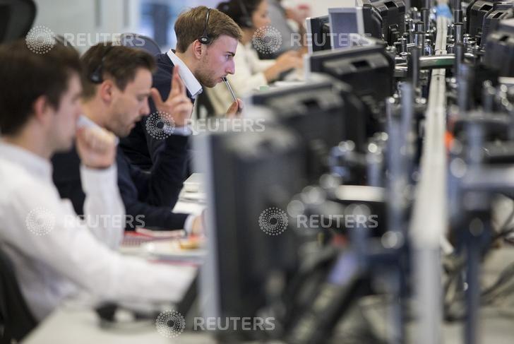 Рынок акций Московской биржи по состоянию на 10:05 мск 8 января растет