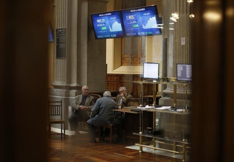 Рынок акций Московской биржи по состоянию на 13:00 мск 11 января растет