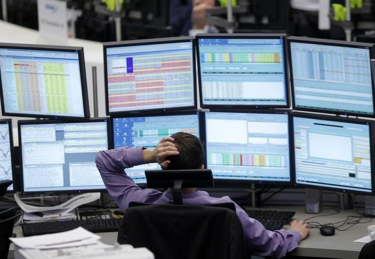 Рынок акций Московской биржи по состоянию на 13:00 мск 15 января растет