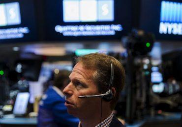 Рынок акций Московской биржи по состоянию на 14:30 мск 27 января снижается