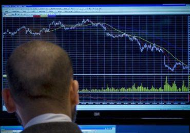 Рынок акций Московской биржи по состоянию на 18:45 мск 21 января снижается