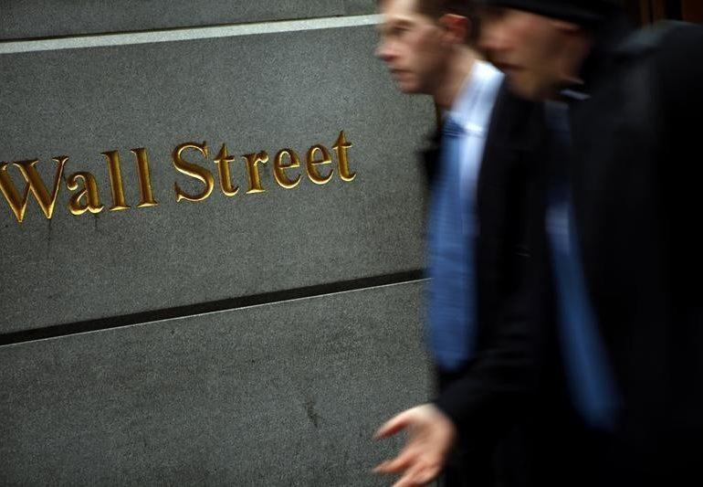 Рынок акций  США закрылся падением, Dow Jones снизился на 0,27% От Investing.com