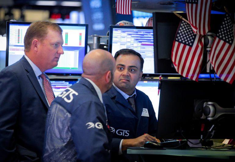 S&P 500, Nasdaq достигли рекордных пиков в преддверии инаугурации Байдена, скачка акций Netflix