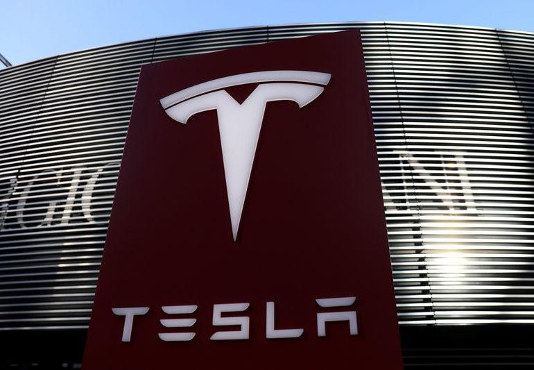 Tesla не оправдала ожиданий Уолл-Стрит: прибыль ниже прогнозов, туманные перспективы на 2021