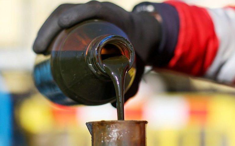 Цена нефти Brent превысила $55 за баррель впервые с февраля 2020 года