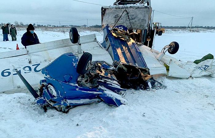 Упавший под Петербургом самолет столкнулся в воздухе с другим судном